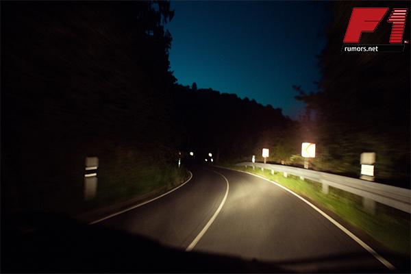 เทคนิคดี ๆ !! วิธีการขับรถกลางคืนให้ปลอดภัยต่อร่างกายและทรัพย์สิน F1rumors Car Bigbike Motorsport วิธีขับรถกลางคืน